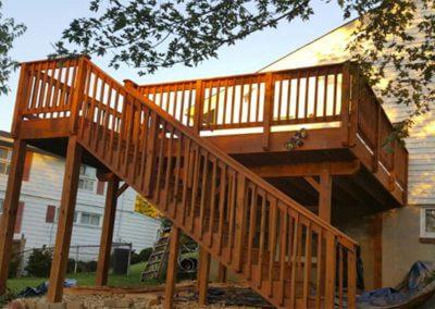deck-fence-construction-2