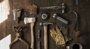how to maintain your gardening tools