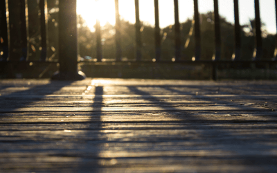 4 Steps to Give Your Old Deck New Life